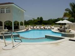 villa_69_pool_2